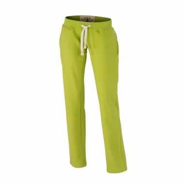 Vintage trainingsbroeken lime groen met zakken voor dames